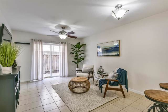 215 Post Office Street #805, Galveston, TX 77550 (MLS #67462573) :: The SOLD by George Team