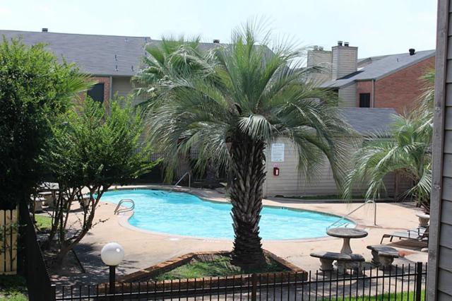 16111 Aspenglenn Drive #304, Houston, TX 77084 (MLS #67467469) :: Grayson-Patton Team