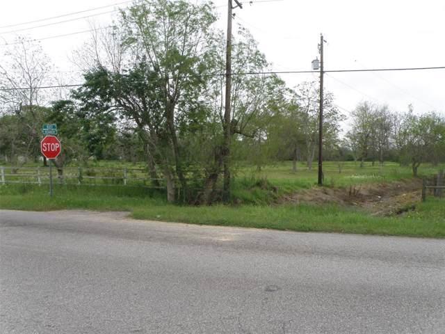 1601 Rosharon Road, Alvin, TX 77511 (MLS #67550817) :: Phyllis Foster Real Estate