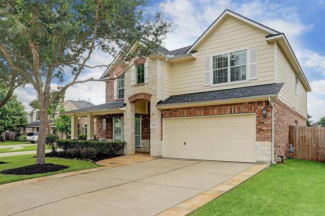 2307 Shadow Canyon Court, Pearland, TX 77584 (MLS #67575417) :: The SOLD by George Team