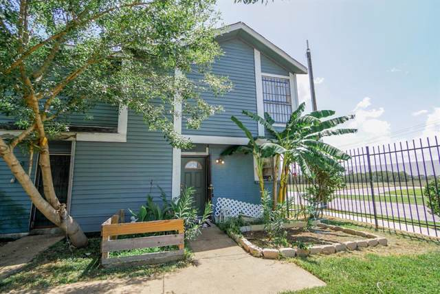 8323 Wilcrest Dr Drive #1002, Houston, TX 77072 (MLS #67591688) :: The Heyl Group at Keller Williams