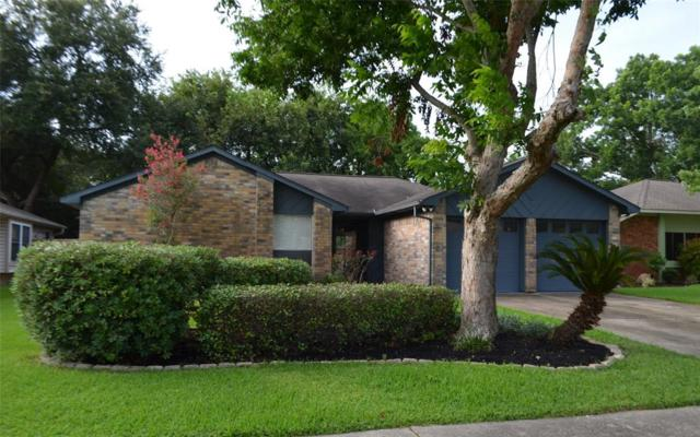 367 Capehill Drive, Webster, TX 77598 (MLS #67598384) :: The SOLD by George Team
