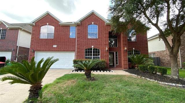 3202 Village Pond Lane, Fresno, TX 77545 (MLS #67697662) :: Caskey Realty