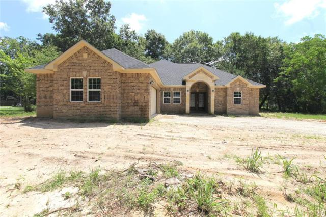 88 County Road 3310 B, Cleveland, TX 77327 (MLS #67717091) :: The Bly Team