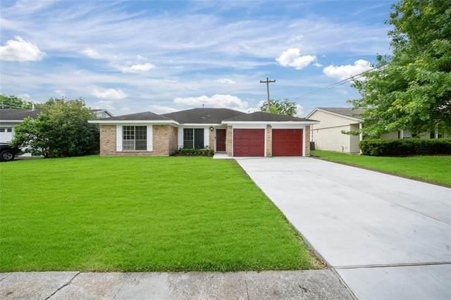 11635 Carvel Lane, Houston, TX 77072 (MLS #67846583) :: NewHomePrograms.com LLC