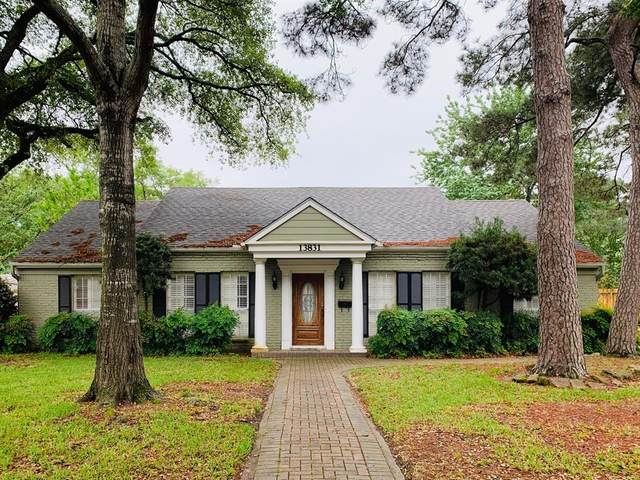 13831 Barryknoll Lane, Houston, TX 77079 (MLS #67871394) :: The SOLD by George Team