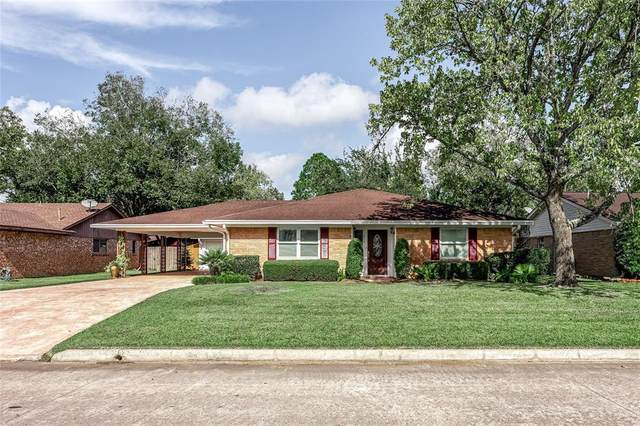413 Morningside Drive, Friendswood, TX 77546 (MLS #68046933) :: The Freund Group