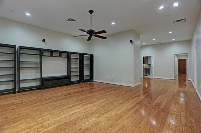 914 Main Street #912, Houston, TX 77002 (MLS #68133830) :: Magnolia Realty