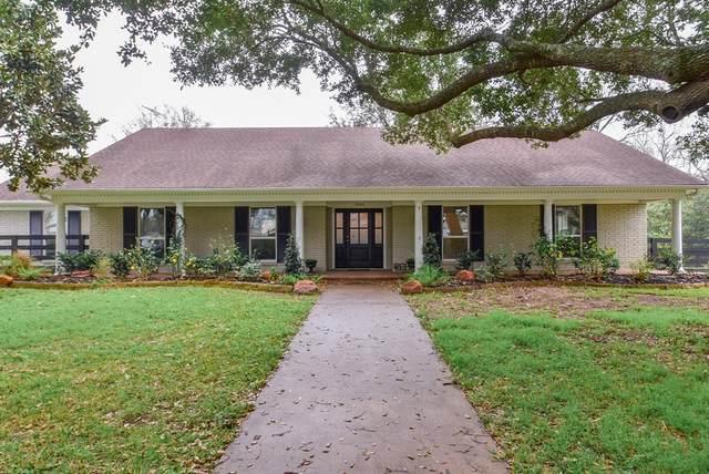 1506 10th Street, Hempstead, TX 77445 (MLS #68145421) :: Ellison Real Estate Team