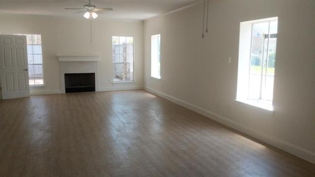 192 Wilcrest Drive #192, Houston, TX 77042 (MLS #68161654) :: Giorgi Real Estate Group