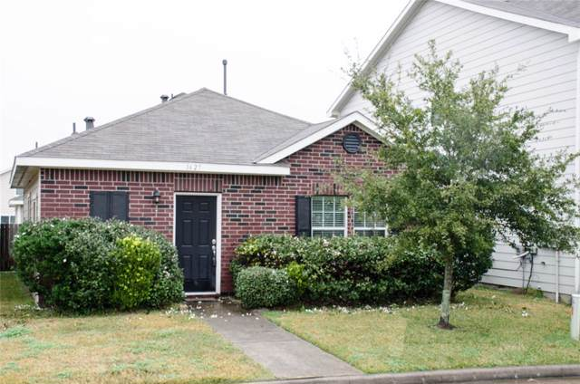 1627 Claremont Garden Circle, Houston, TX 77047 (MLS #68277472) :: The SOLD by George Team