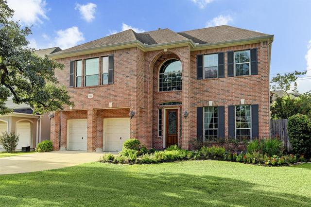 824 Jaquet, Bellaire, TX 77401 (MLS #68329311) :: The Johnson Team