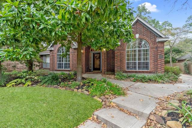 11 Rolling Stone Place, The Woodlands, TX 77381 (MLS #68433264) :: Michele Harmon Team