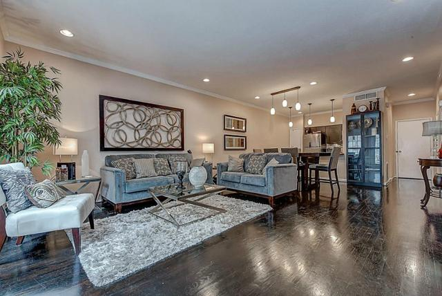 452 Wilcrest Drive #452, Houston, TX 77042 (MLS #68481688) :: Team Sansone