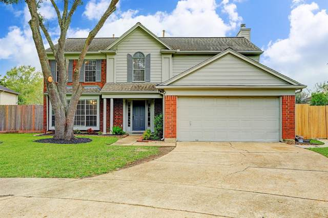 3904 Fernwood Drive, Pearland, TX 77584 (MLS #68495219) :: The SOLD by George Team