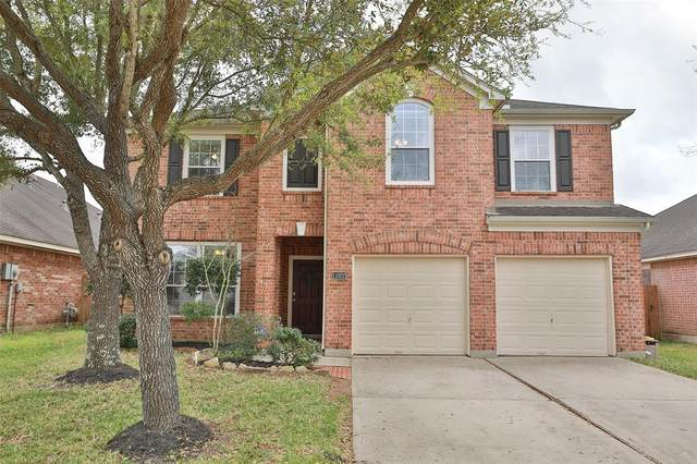 11922 Fountain Brook Drive, Pearland, TX 77584 (MLS #68518956) :: Christy Buck Team