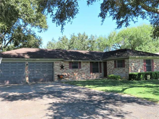 2006 W Norris Street, El Campo, TX 77437 (MLS #68525606) :: Lerner Realty Solutions