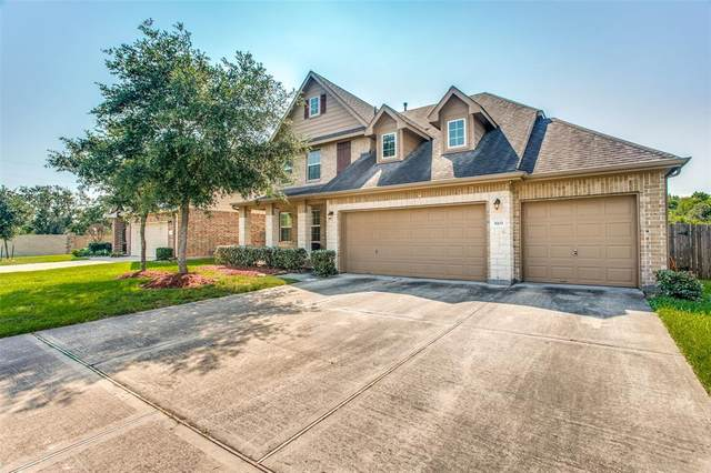 3903 Winding Forest Drive, Pearland, TX 77581 (MLS #68527912) :: The Home Branch