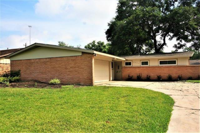 8834 Shadow Crest Street, Houston, TX 77074 (MLS #68574660) :: Texas Home Shop Realty