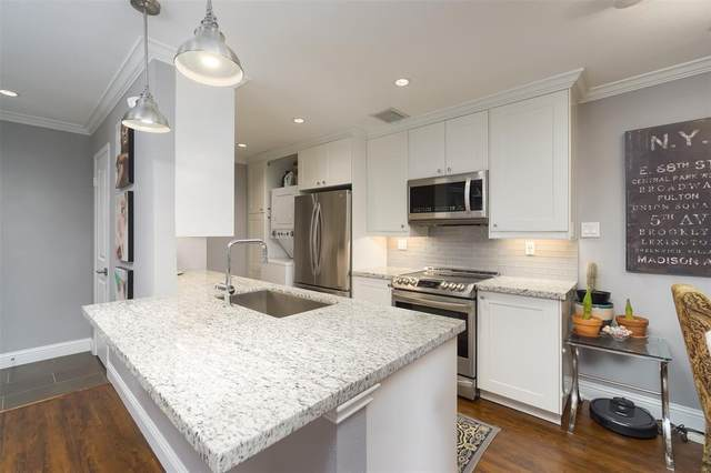 1818 Augusta Drive #6, Houston, TX 77057 (MLS #68623437) :: The SOLD by George Team
