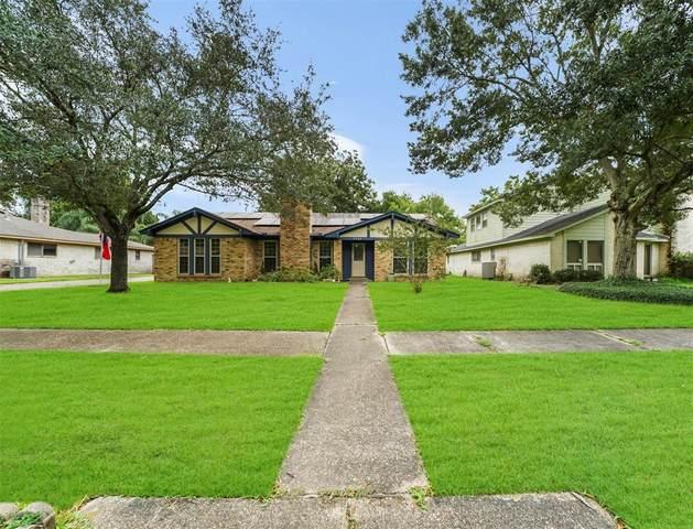 2410 Harwell Circle, Alvin, TX 77511 (MLS #68686205) :: Christy Buck Team