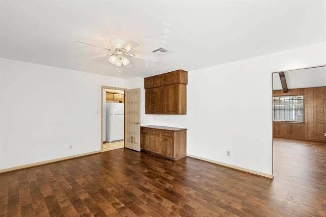 9106 Sharpview Drive, Houston, TX 77036 (MLS #6869109) :: Connect Realty