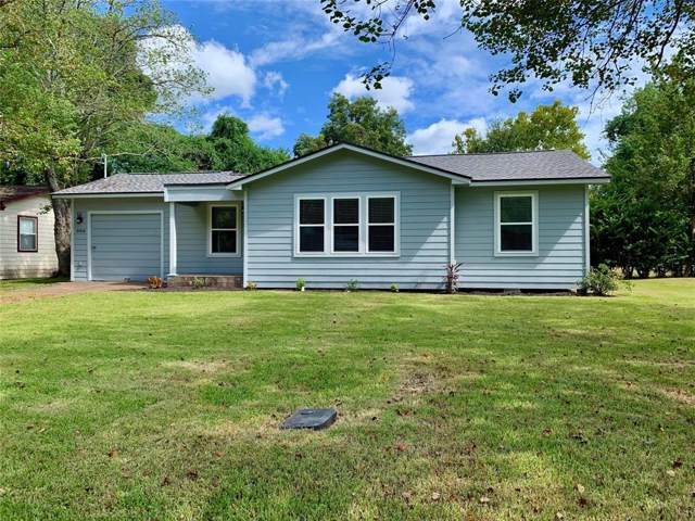 806 E 6th Street, Sweeny, TX 77480 (MLS #68709540) :: The Heyl Group at Keller Williams