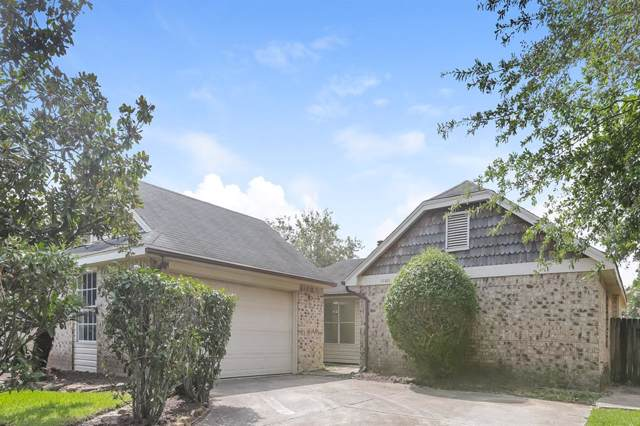 10902 Birch Drive, La Porte, TX 77571 (MLS #68740973) :: The SOLD by George Team