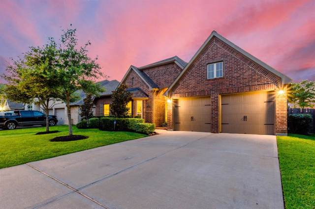 2000 Sunset Springs Drive, Pearland, TX 77584 (MLS #68742879) :: Phyllis Foster Real Estate