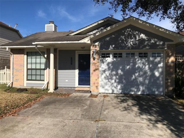 809 Briarcreek Drive, Baytown, TX 77521 (MLS #68752101) :: The Kevin Allen Jones Home Team