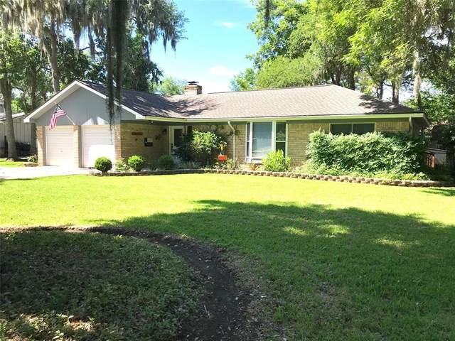 438 Southern Oaks Drive, Lake Jackson, TX 77566 (MLS #68835517) :: The Property Guys