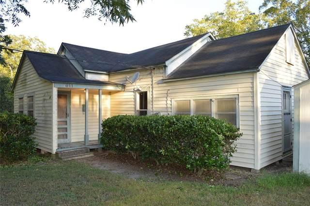 611 Spruce Avenue, El Campo, TX 77437 (MLS #68900035) :: Ellison Real Estate Team