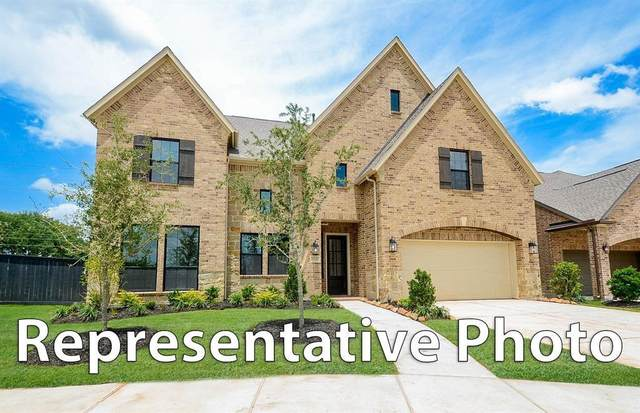 7311 Crossvine Manor Trail, Katy, TX 77493 (MLS #68957759) :: Connect Realty