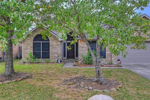 1415 Ivory Crossing Court, Pasadena, TX 77586 (MLS #68972896) :: The SOLD by George Team