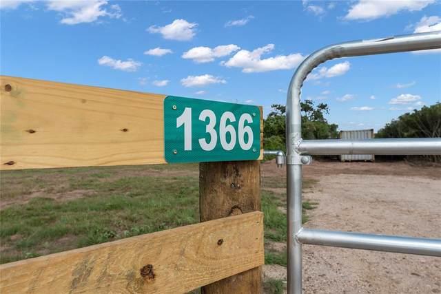 1366 Piney Woods Drive, Alleyton, TX 78935 (MLS #68987444) :: Michele Harmon Team