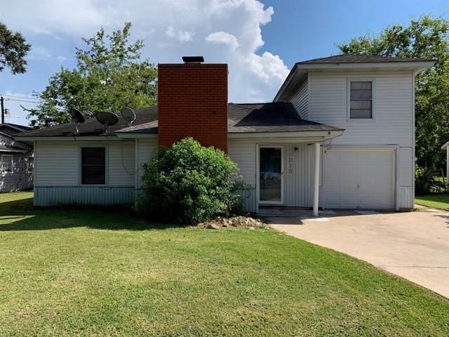 1020 San Felipe Street, Angleton, TX 77515 (MLS #68987777) :: Connect Realty