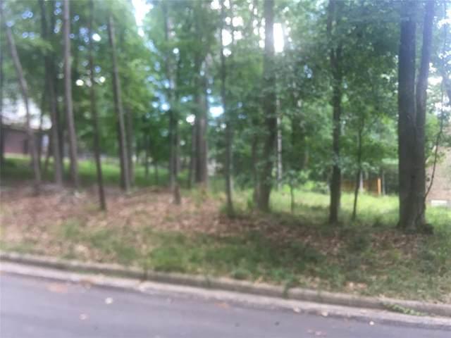 607 Rolling Hills Drive, Huntsville, TX 77340 (MLS #69113478) :: The Freund Group