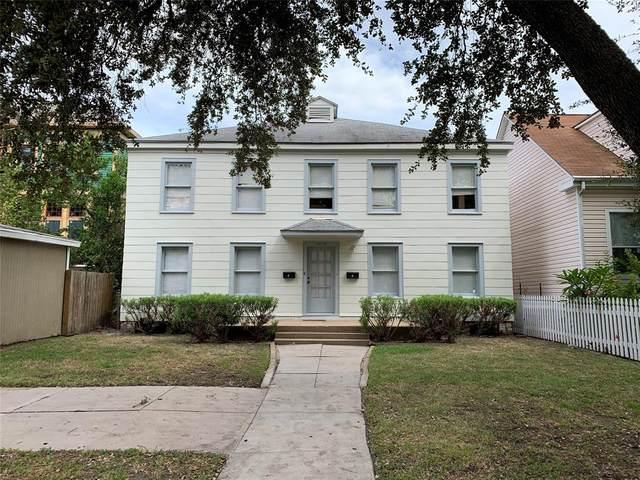 3218 Avenue O 1/2, Galveston, TX 77550 (MLS #69157170) :: Christy Buck Team