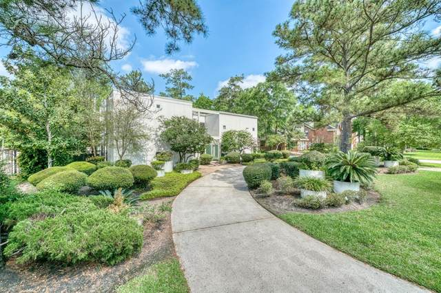 19 S Brokenfern Drive, The Woodlands, TX 77380 (MLS #69172240) :: The Parodi Team at Realty Associates