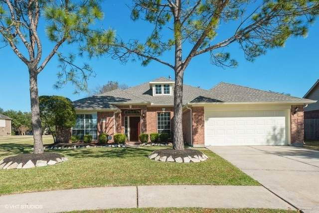 4430 Cottonwood Court, League City, TX 77573 (MLS #69178031) :: Christy Buck Team