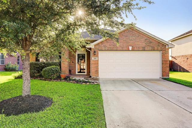 2114 Goldfinch Lane, League City, TX 77573 (MLS #69202522) :: Ellison Real Estate Team