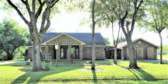3713 Skylark Way, Pearland, TX 77584 (MLS #69261148) :: Fanticular Real Estate, LLC
