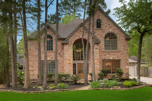 11 Edgemire Place, The Woodlands, TX 77381 (MLS #69354150) :: The Home Branch