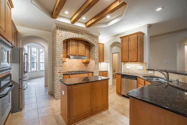 22 Columbia Crest Place, The Woodlands, TX 77382 (MLS #69365527) :: Connect Realty