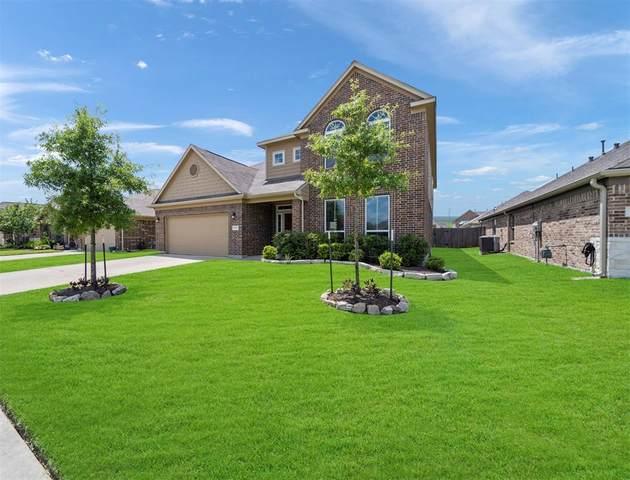 1902 Red Cedar Trail, Rosenberg, TX 77471 (MLS #69396118) :: Texas Home Shop Realty
