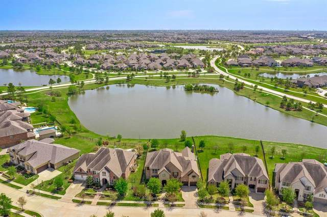 19107 Cove Manor Drive, Cypress, TX 77433 (MLS #69418660) :: The Sansone Group