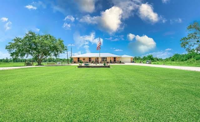 2500 County Road 62, Rosharon, TX 77583 (MLS #69420571) :: The Wendy Sherman Team