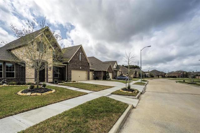 626 East Fork, Webster, TX 77598 (MLS #69421435) :: The Sold By Valdez Team