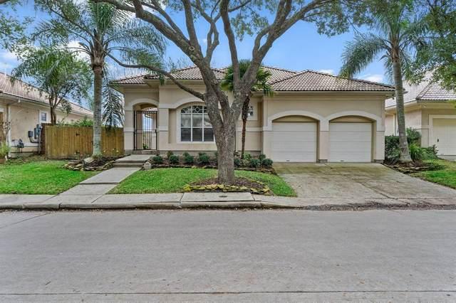 306 Waterford Way, Kemah, TX 77565 (MLS #69475546) :: Ellison Real Estate Team