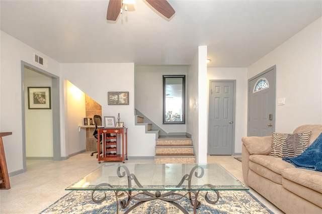 1271 Witte Road #26, Houston, TX 77055 (MLS #69484082) :: Caskey Realty